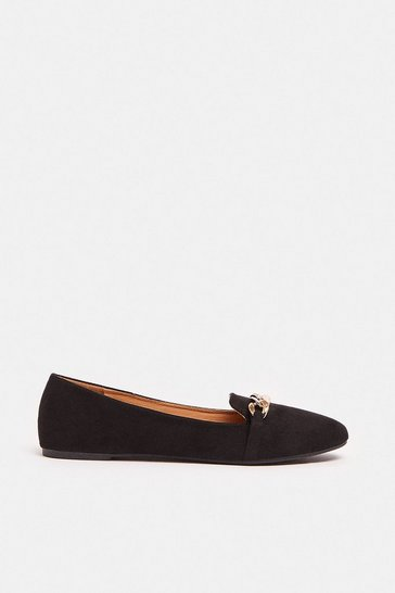Black Loafer With Chain Detail