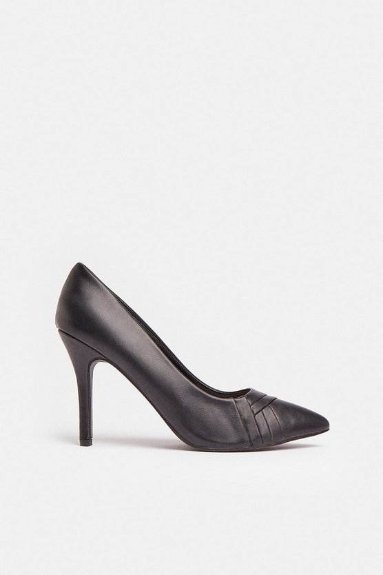 Black Front Detail Pointed Court Shoe