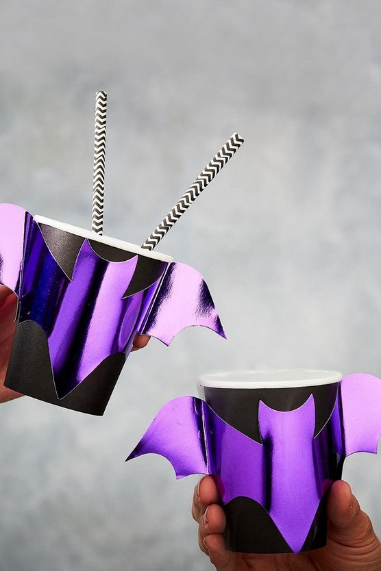 Ginger Ray Purple Foil Bat Party Cups