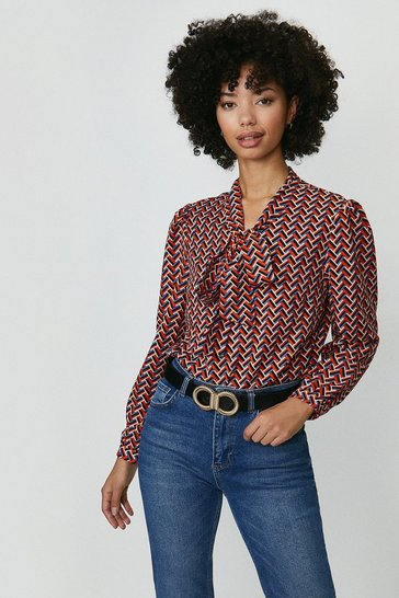 Red Pussybow Blouse