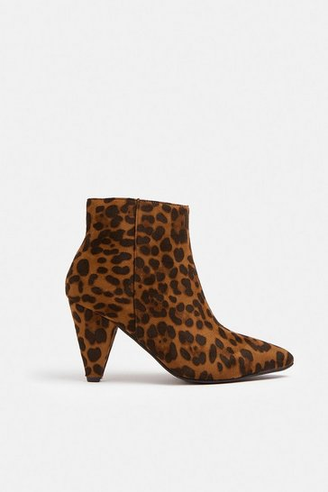 Leopard Heeled Pointed Ankle Boots