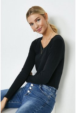 Black Long Sleeved V-Neck Top