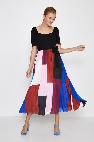 Multi Square Neck Pleated Skirt Midi Dress