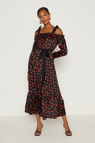 Black Tie Shoulder Maxi Dress