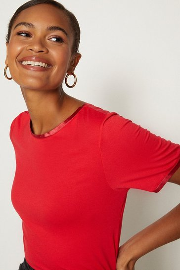 Red Satin Trim Slash Neck T-Shirt