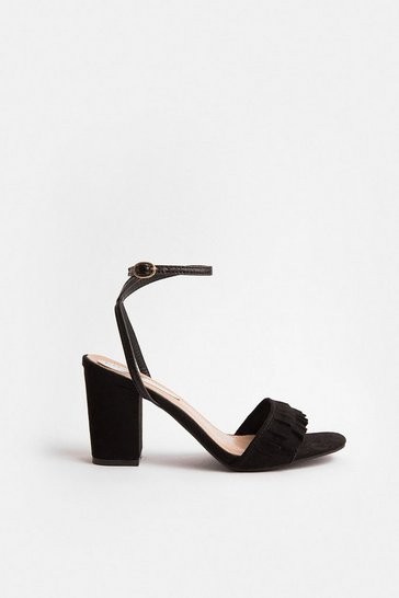 Black Frill Toe Strap Blocked Heel Sandal