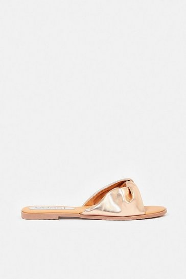 Rose gold Flat Twist Metallic Sandal