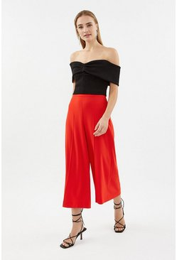 Red Cropped Trouser