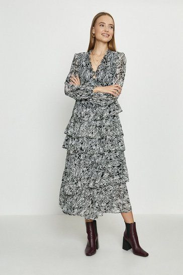 Blackwhite Printed Long Sleeved Tiered Midi Dress