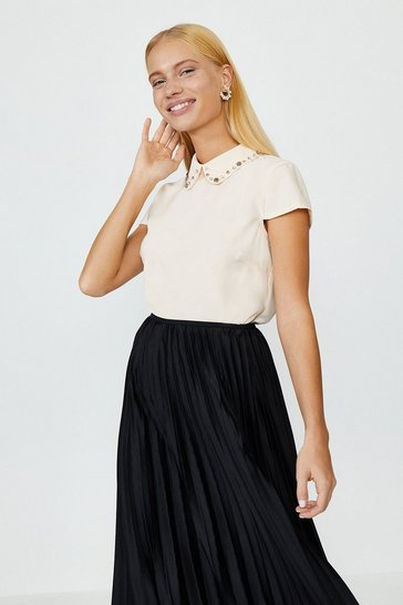 Oyster Short Sleeve Jewelled Collar Shell Top