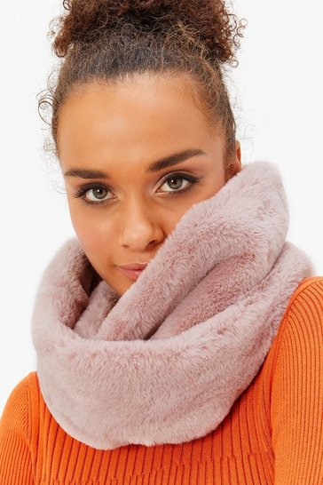 Womens Blush Faux Fur Snood