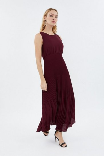 Wine Pleated Skirt Maxi Dress