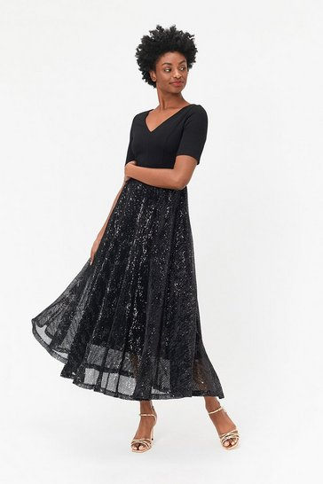 Black Solid Bodice Pleated Sequin Skirt Dress