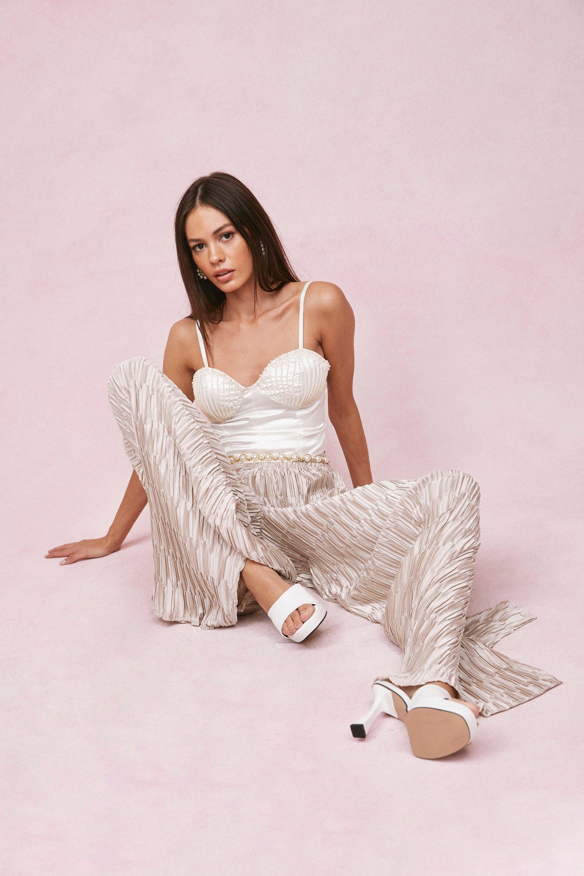 60s Pants, Jeans, Hippie, Flares, Jumpsuits Womens Plisse Pleated Wide Leg Pants - Champagne - 10 $24.00 AT vintagedancer.com