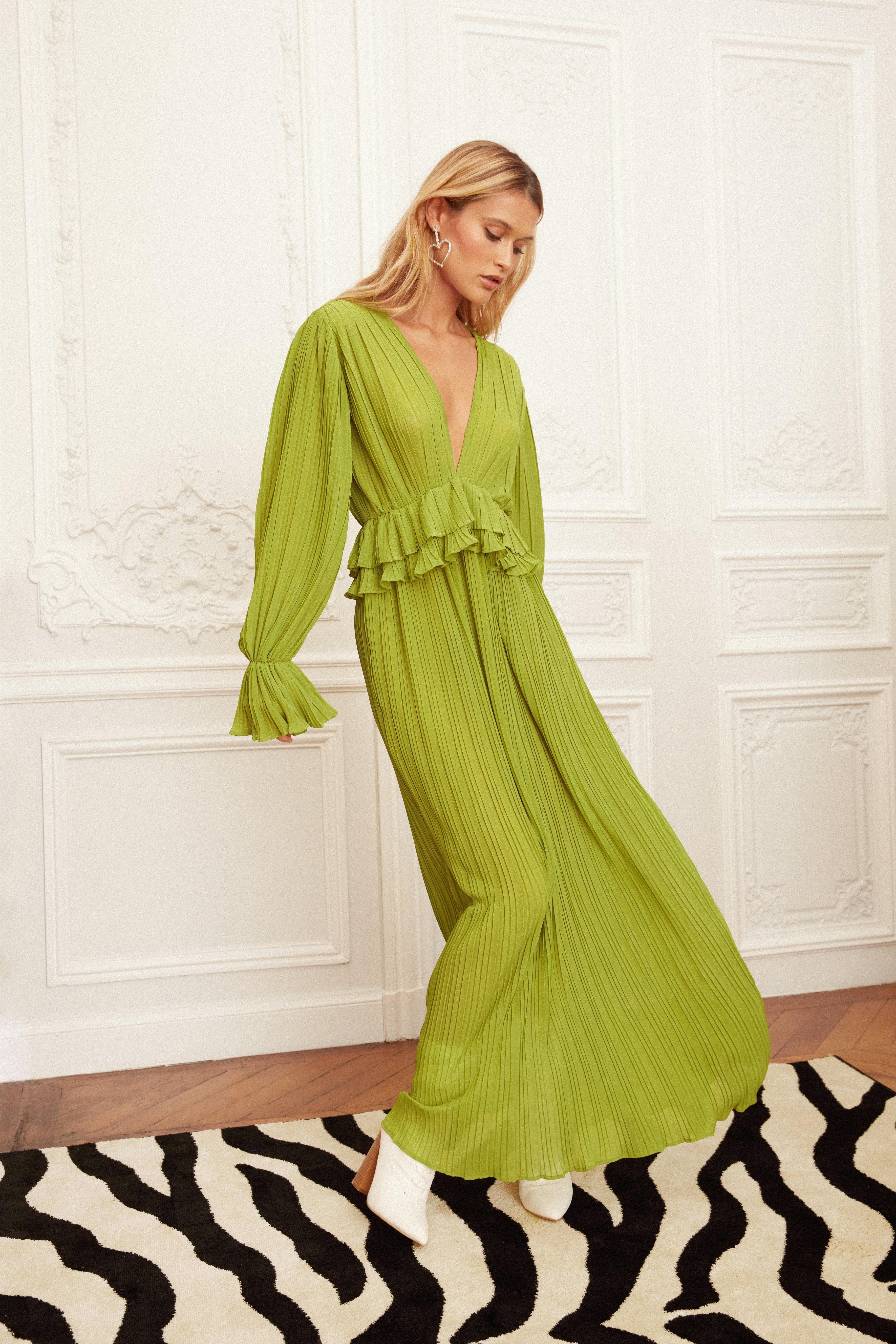 Vintage Style Dresses | Vintage Inspired Dresses Womens Frill V Neck Maxi Dress - Green - 10 $37.60 AT vintagedancer.com