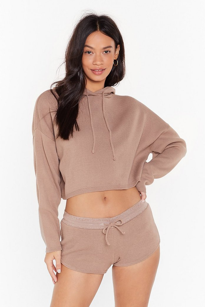 CROPPED TOP AND SHORTS LOUNGE SET