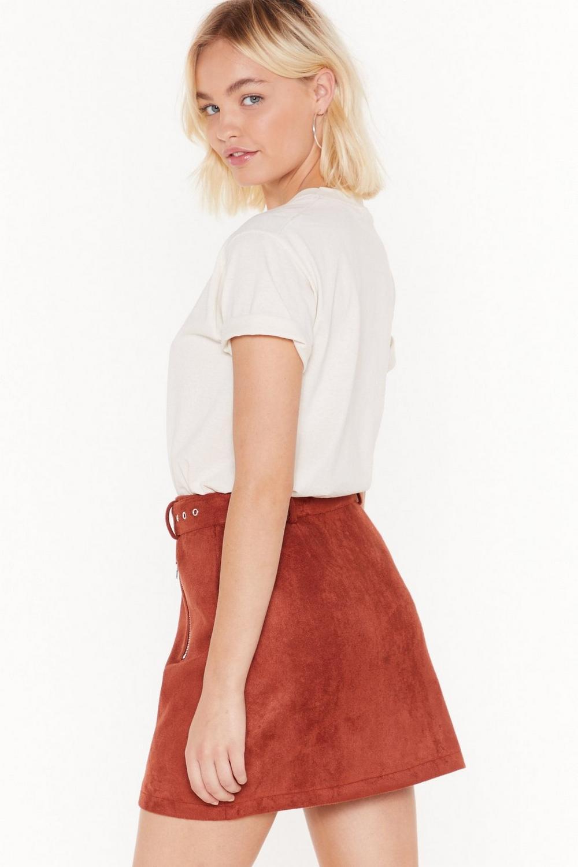 ec7b9a88fc1017 Mini jupe en daim à ceinture Je ne daigne pas | Shop Clothes at ...