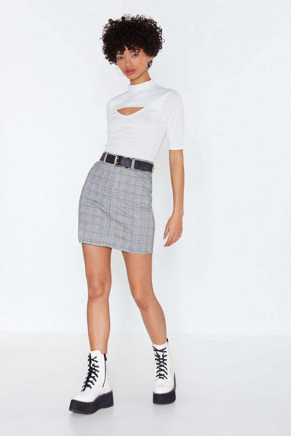 a09522b1463bdb Mini-jupe taille haute Check On It   Shop Clothes at Nasty Gal!