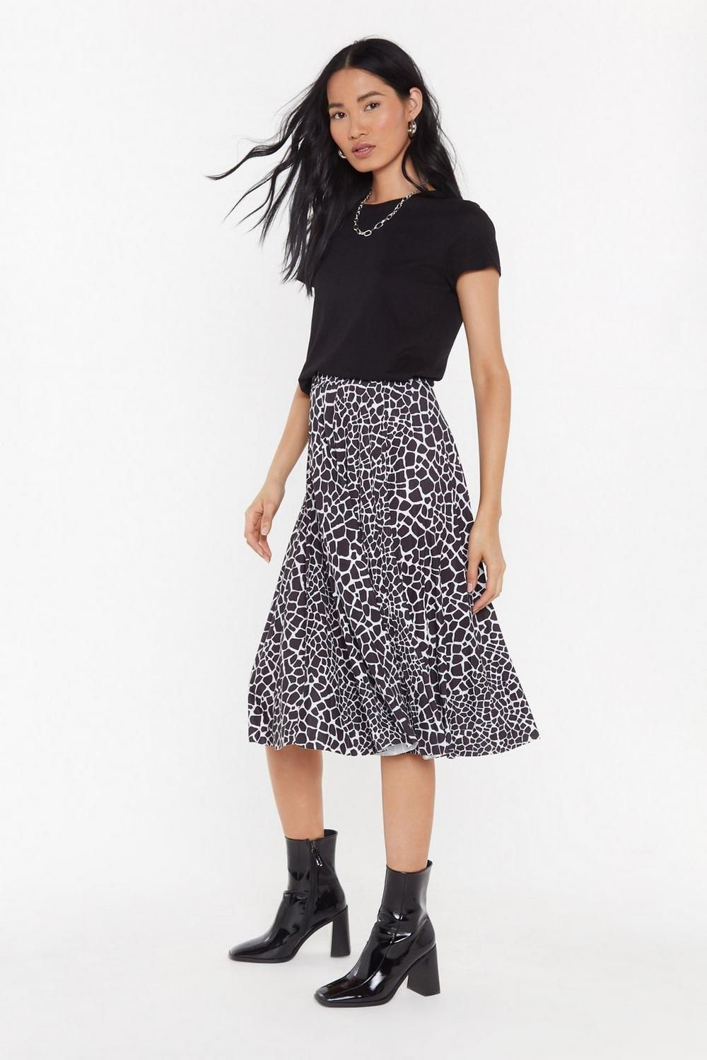 f49efe8adedb Pleated Giraffe Print Midi Skirt | Shop Clothes at Nasty Gal!
