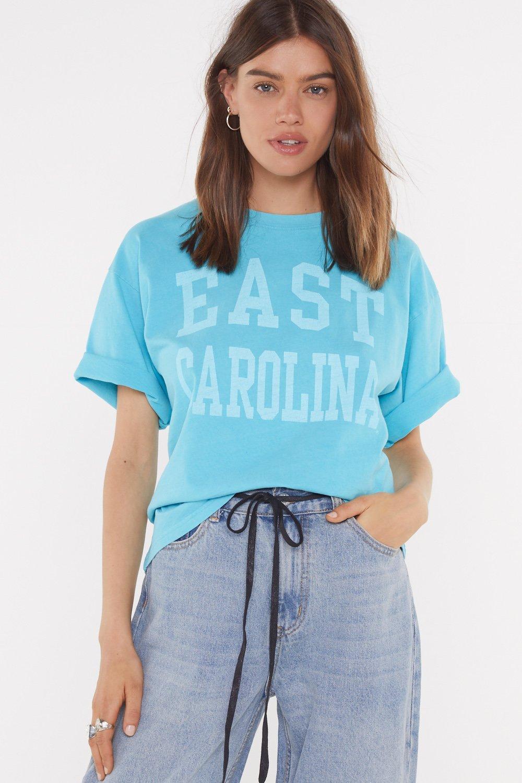 9badb5672662b T-shirt oversize délavé à slogan East Carolina | Shop Clothes at Nasty Gal!