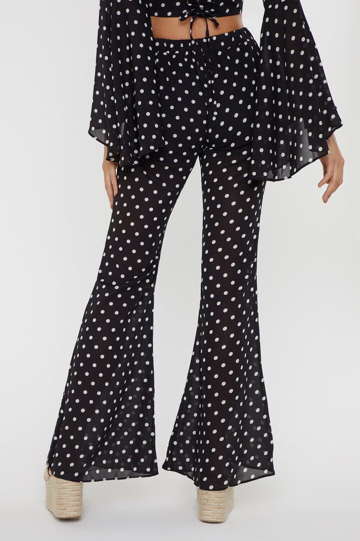 0baa52b5a8e8d Pantalon à pois large et évasé   Shop Clothes at Nasty Gal!
