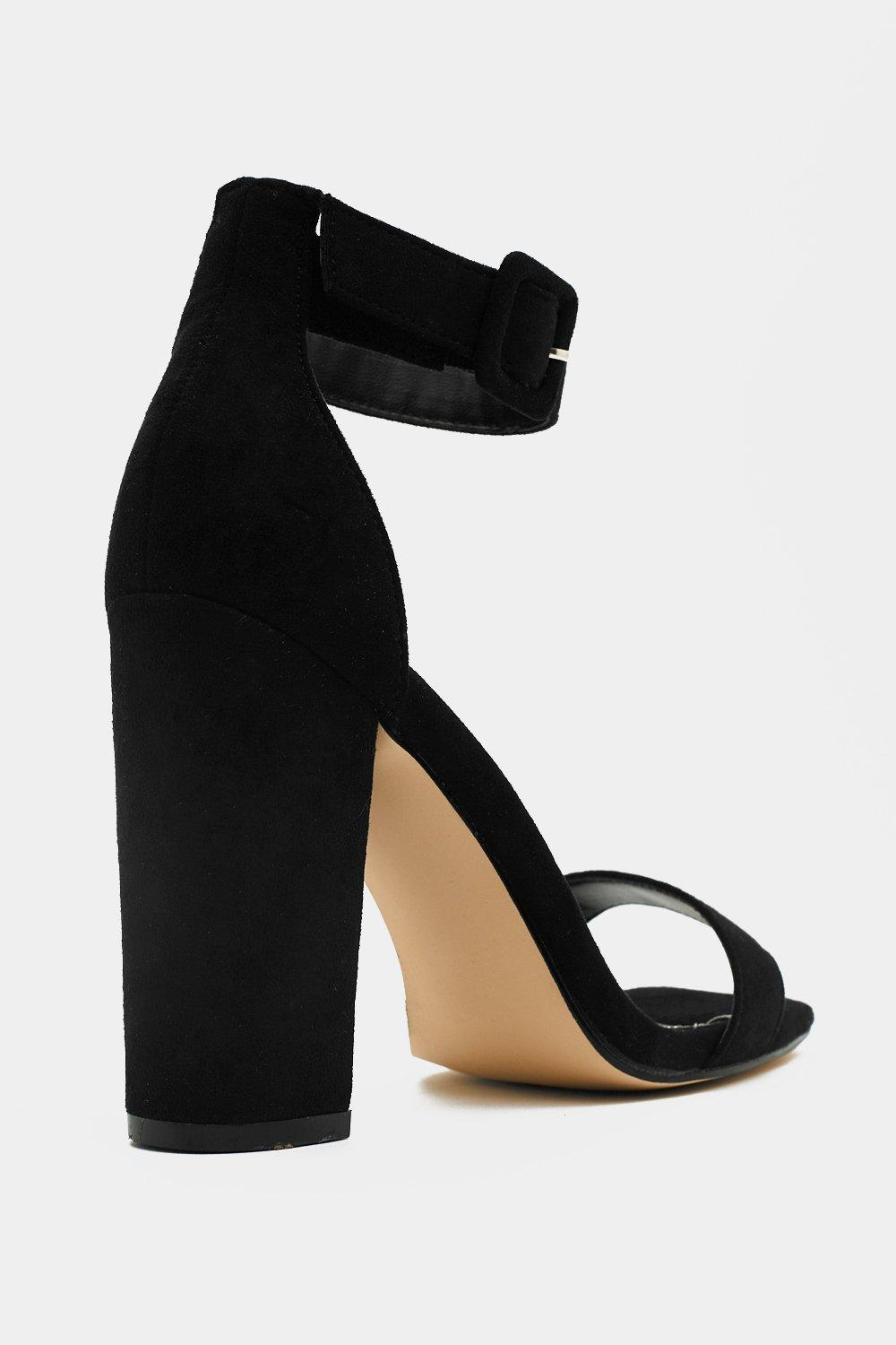 f459ec370b5 What a Square Toe Heel. Hover to zoom