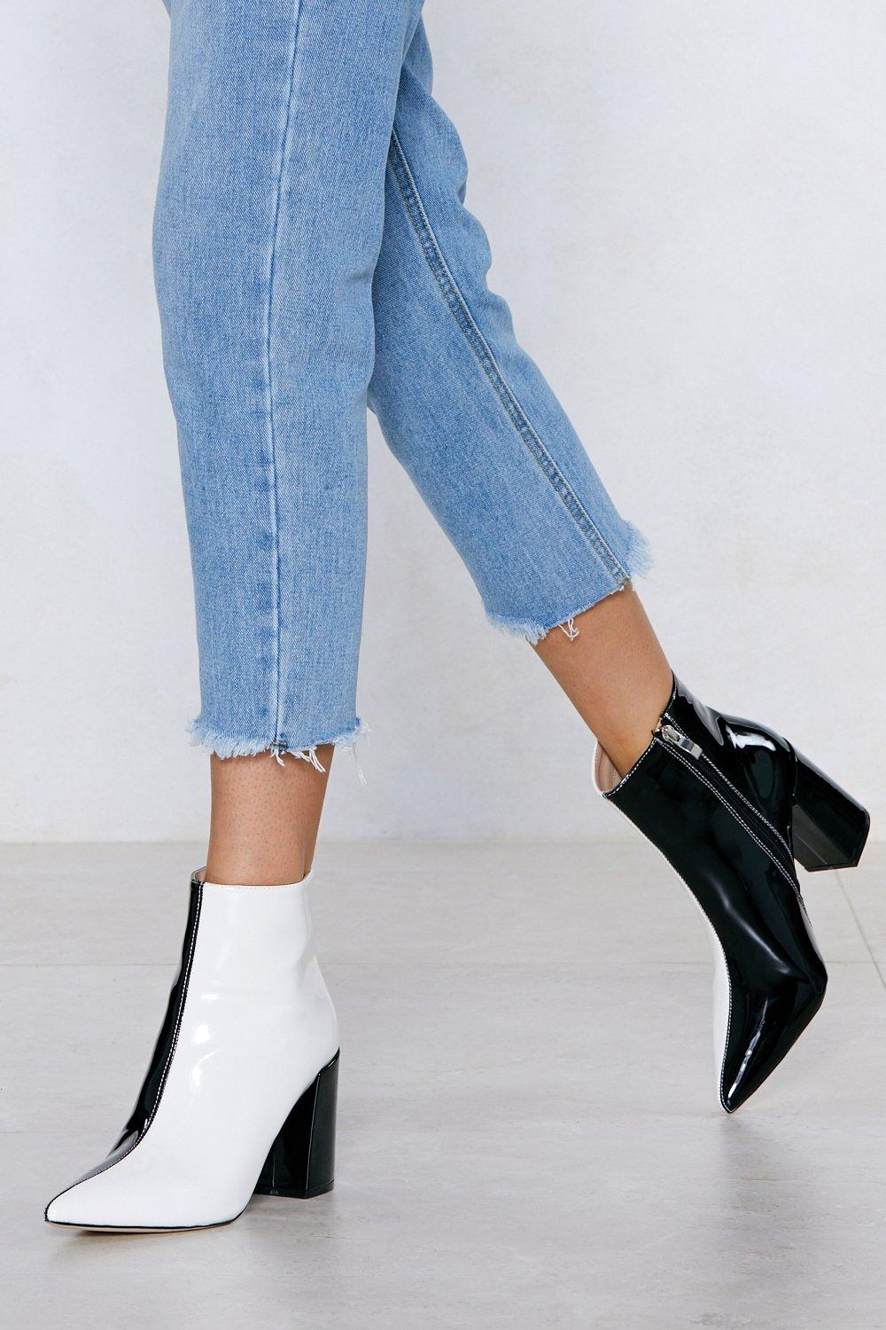 1960s Style Clothing & 60s Fashion Womens Two Tone Pointed Toe Heeled Boots - Black - 10 $38.50 AT vintagedancer.com