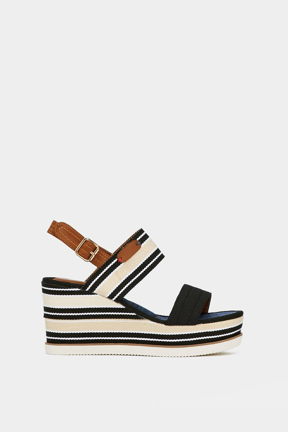 It's Me or Shoe Striped Wedge explore cheap online discount countdown package cheap best place FjVMblHE