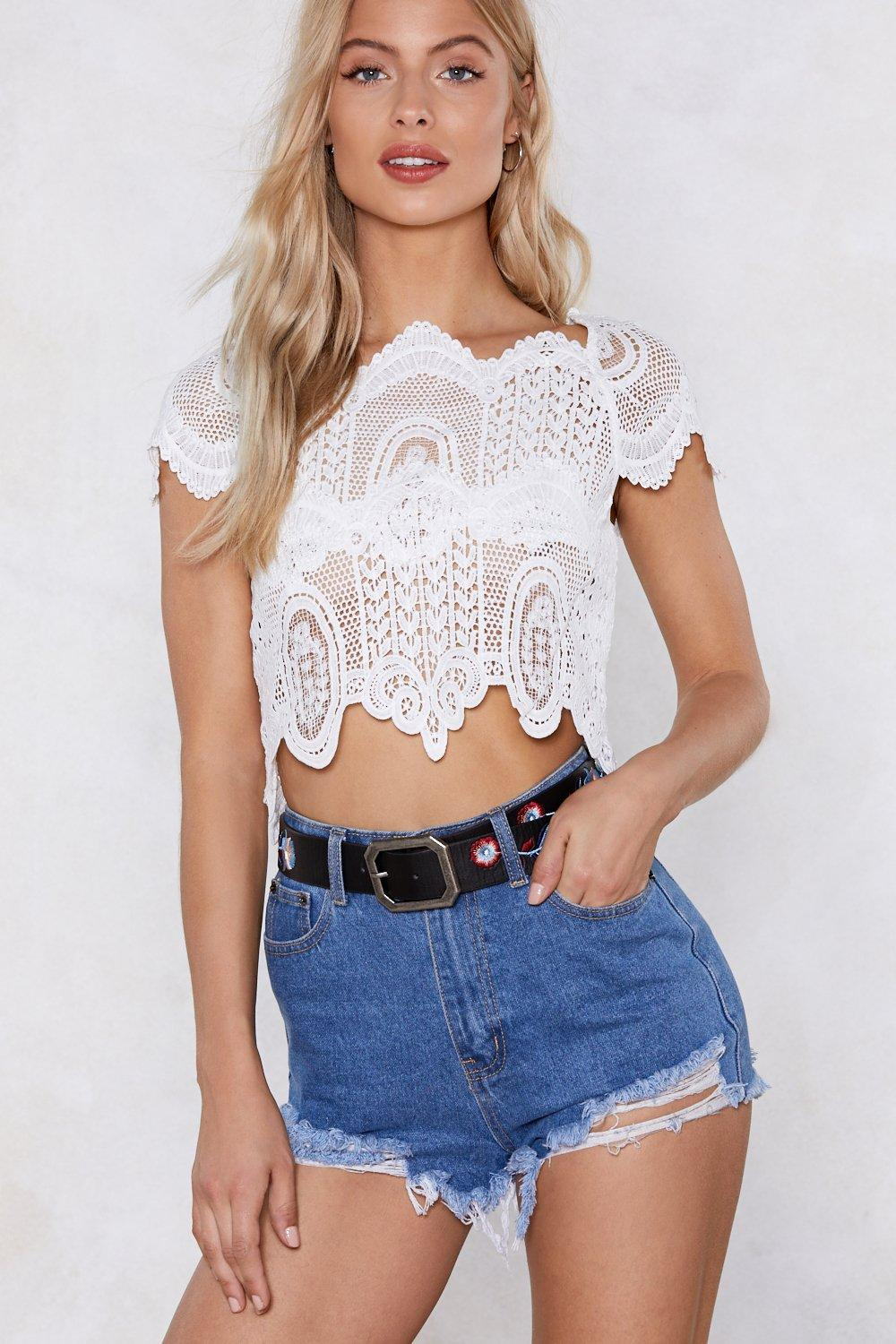 No Way Crochet Crop Top Shop Clothes At Nasty Gal