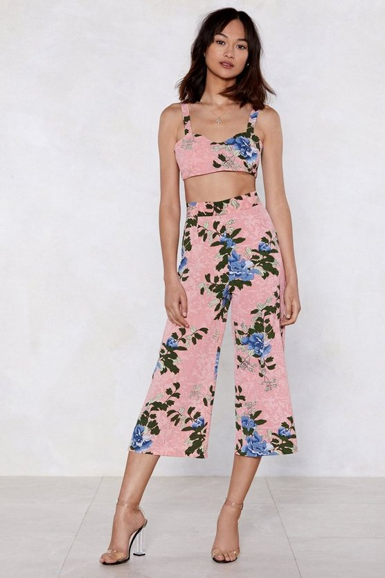 Take It To The Floral Bra Top And Culotte Set by Nasty Gal