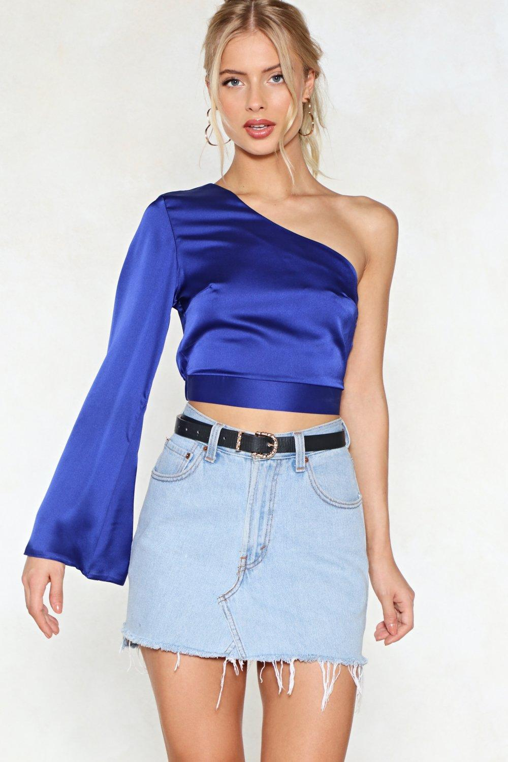 f925cb170652 One-to-One Shoulder Crop Top