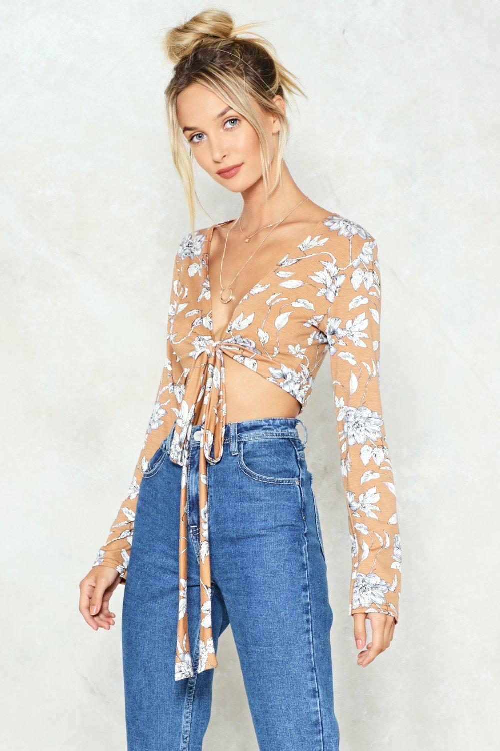 Knot Possible Floral Crop Top Shop Clothes At Nasty Gal