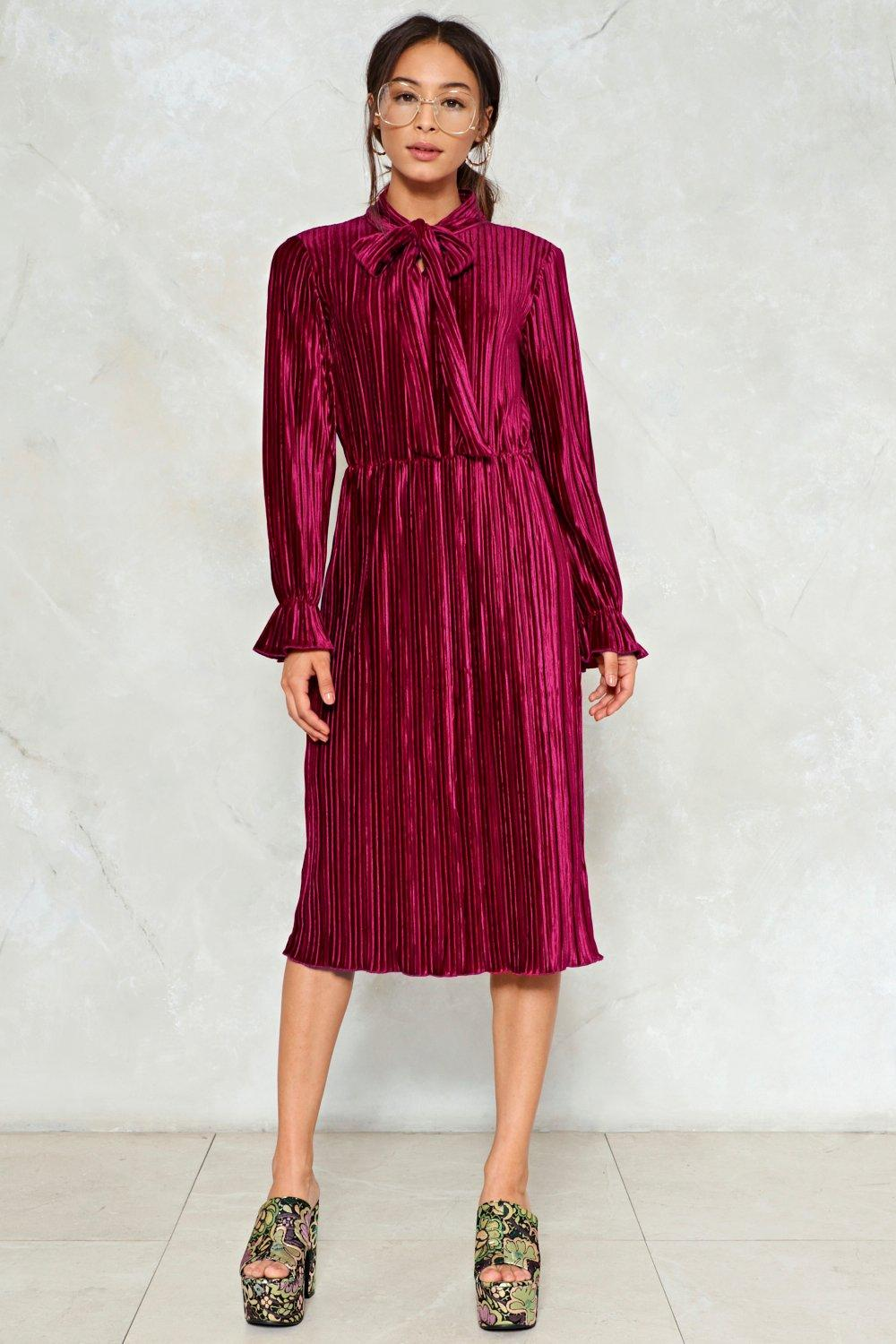 Attention Pleats Velvet Dress Shop Clothes At Nasty Gal