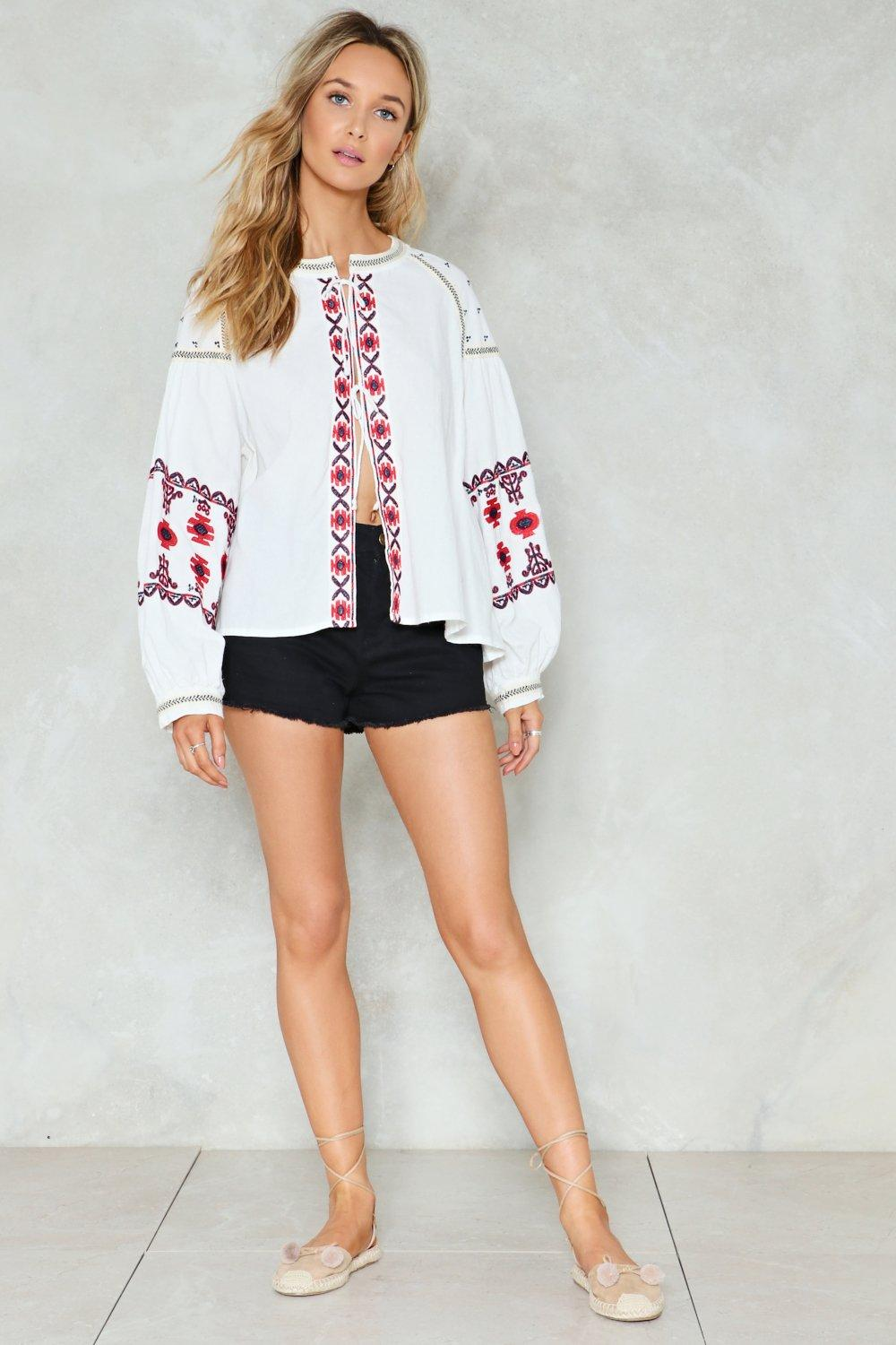 561c566506f1b6 Hey Jude Embroidered Top