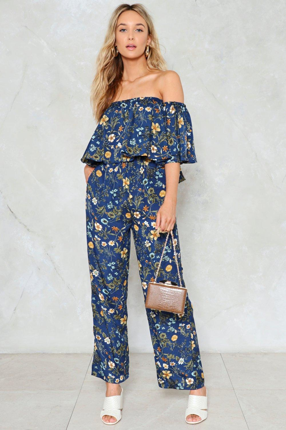 e025824e8d4be1 Play the Field Floral Top and Pants Set