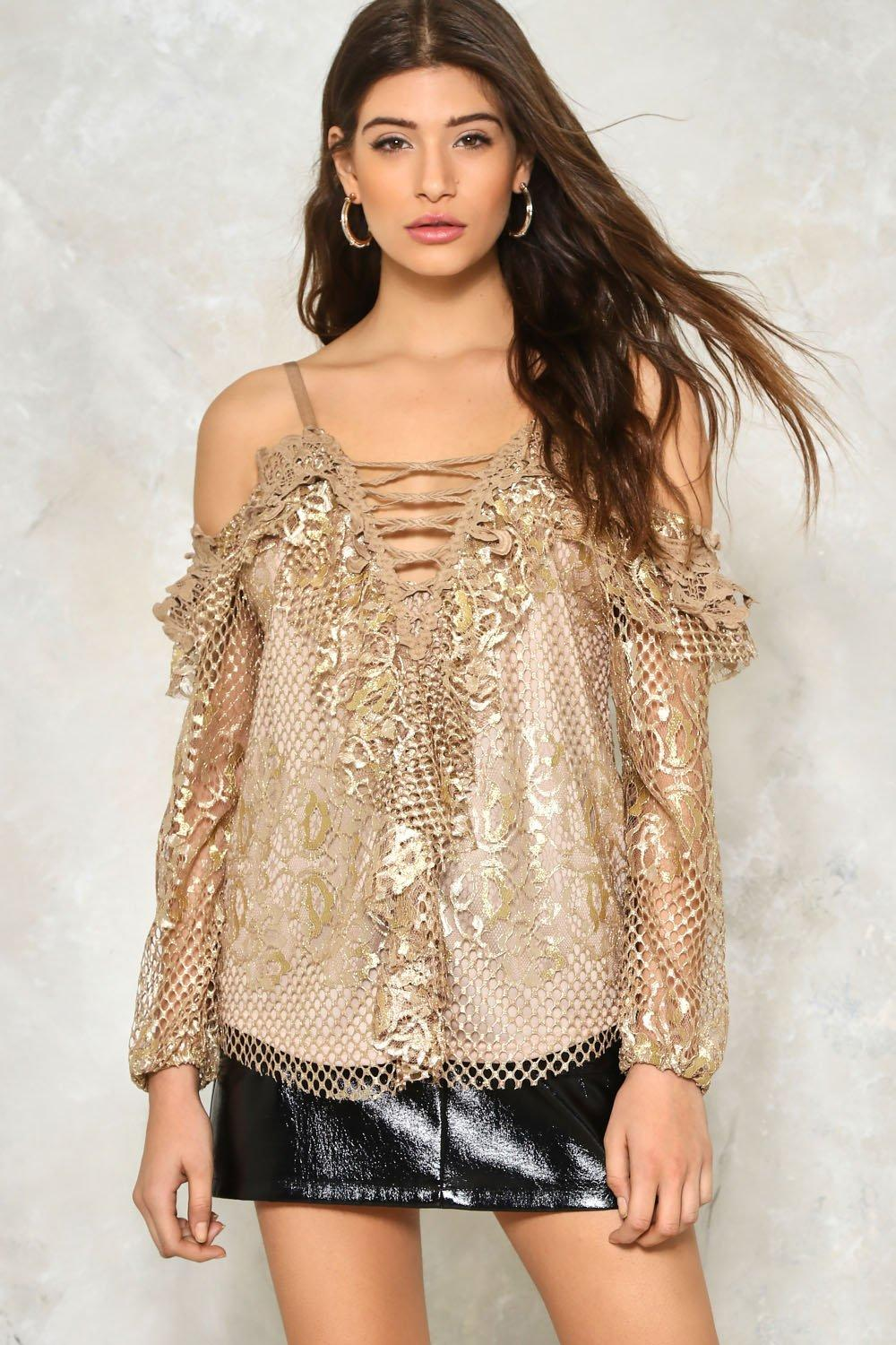 507b667f48a111 Stay Golden Cold Shoulder Top