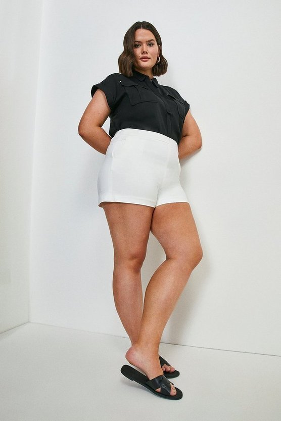 Ivory Curve Essential Techno Cotton Short