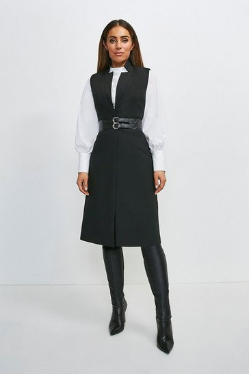 Black Compact Stretch Forever Sleeveless Coat