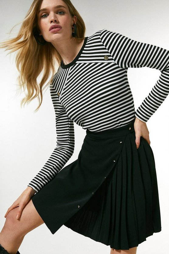 Black Pleated Detail A Line Skirt