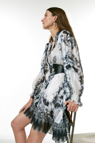 Mono Border Print Drama Sleeve Belted Kimono Dress