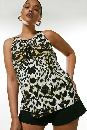 Curve Animal Print Shell Top