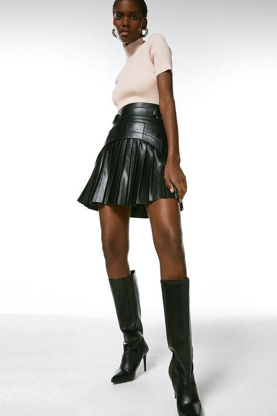 Black Leather Pleated Buckle Waist Skirt