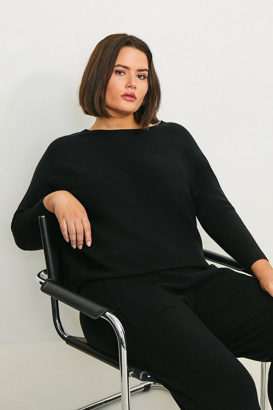 Black Curve Long Sleeve Soft Yarn Jumper