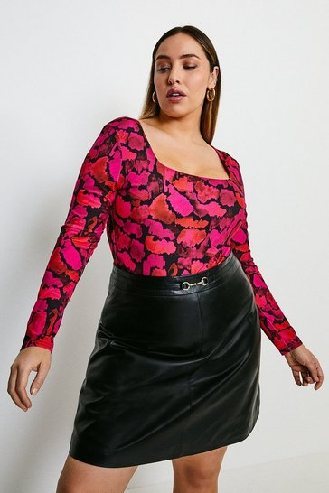 Animal Curve Smudge Leopard Square Neck Jersey Body