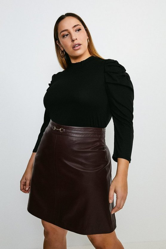 Black Curve Tucked Shoulder Rib Top