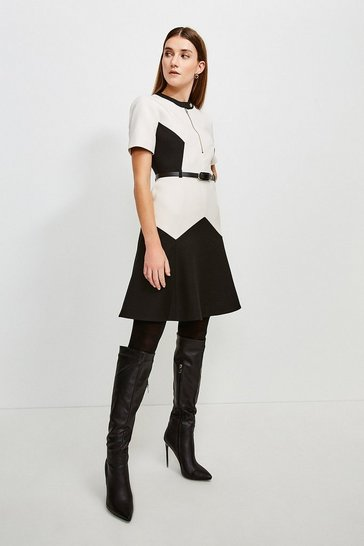 Mono Clean Compact Colourblock Flippy Belted Dress