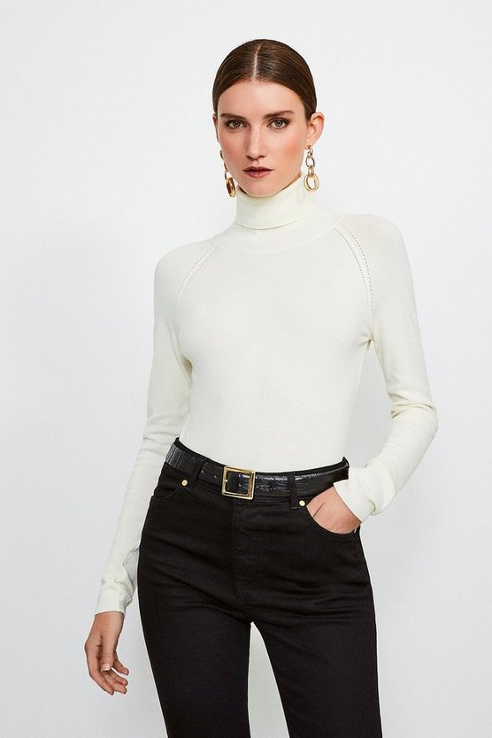 Ivory Essentiall Roll Neck Jumper