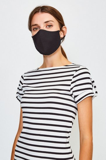 Black Reuseable Fashion Face Mask With Filter