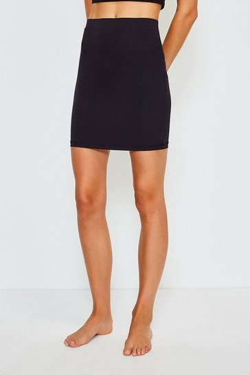 Black Smoothing Essentials Short Slip Skirt