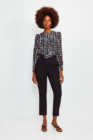 Black Long Sleeve Printed Pintuck Blouse